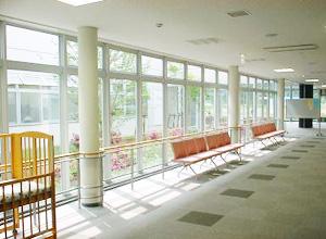 保育園の待合スペース