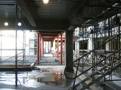 階段のH型鋼 施工前